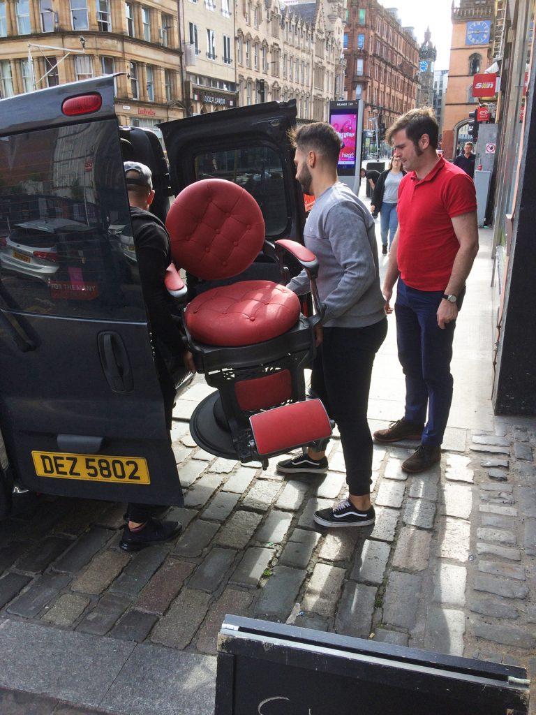 Brazuka unloading barber chair, Cassart, 2019